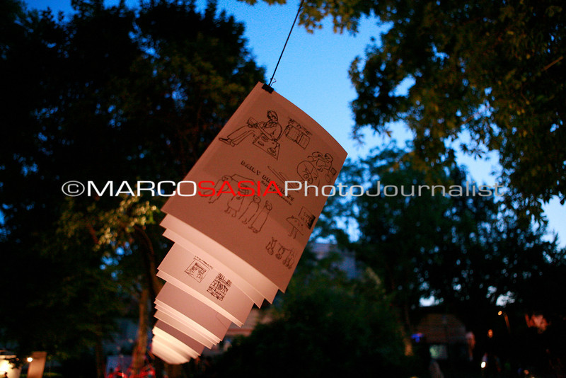 0145-ZooArt-02-2012.jpg