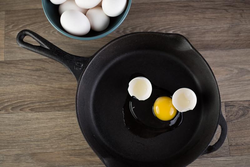 Eggs in frying pan.