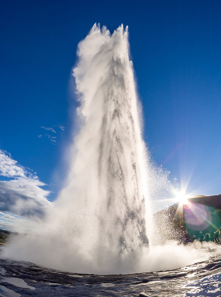 The Geyser Strokkur, which erupts every 8-10 mins.