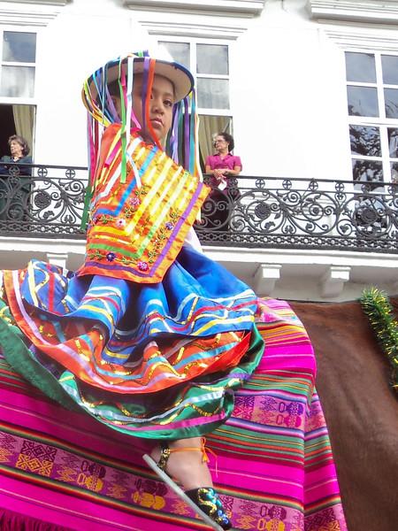 el-pase-del-nino-viajero-parade_5290640782_o.jpg