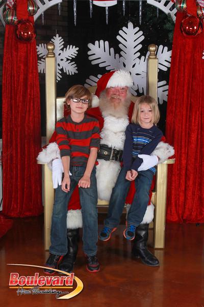 Santa 12-17-16-420.jpg