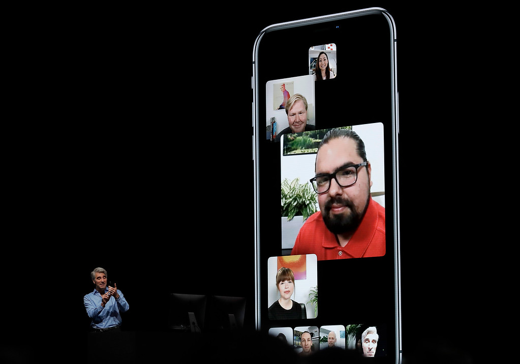 . Craig Federighi, Apple\'s senior vice president of Software Engineering, speaks about group FaceTime during an announcement of new products at the Apple Worldwide Developers Conference Monday, June 4, 2018, in San Jose, Calif. (AP Photo/Marcio Jose Sanchez)