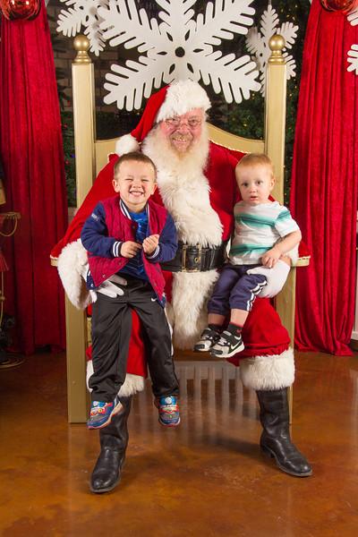 Santa 12-16-17-397.jpg