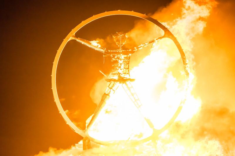 Burning-Man-2016-by-Zellao-160903-02028.jpg