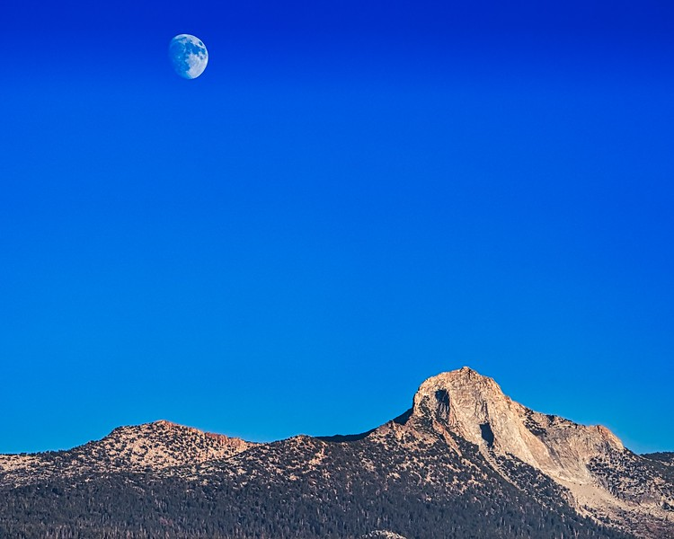 Moon Over Mountain_DSC9367.jpeg