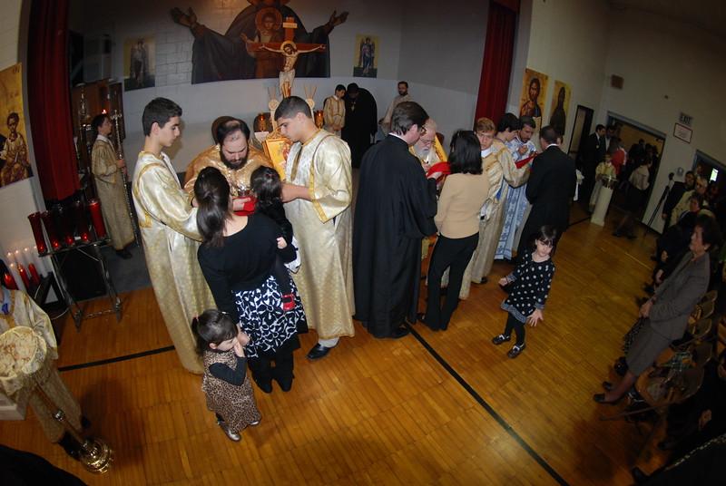 2012-11-04-Dome-Cross-Blessing-Sunday_259.JPG