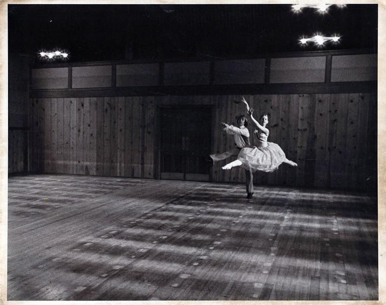 Dance_1239_a.jpg