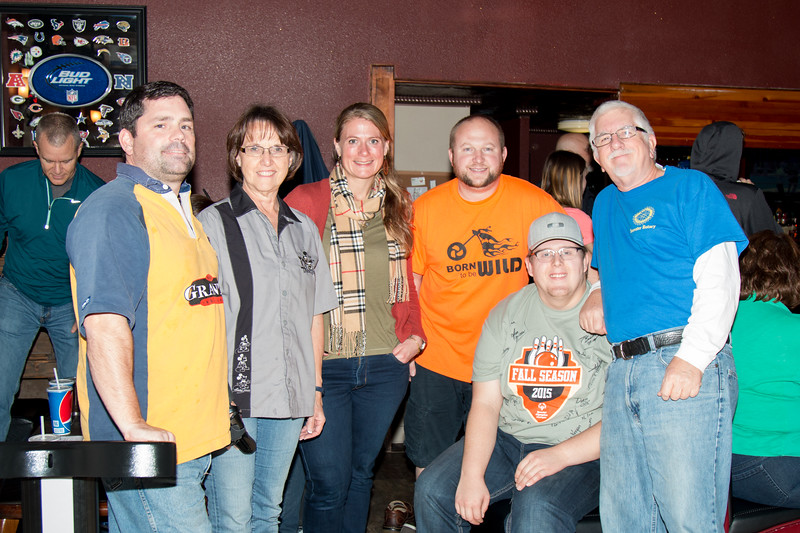 Yelm Rotary Bowling Tourny 11-10-15-4.jpg