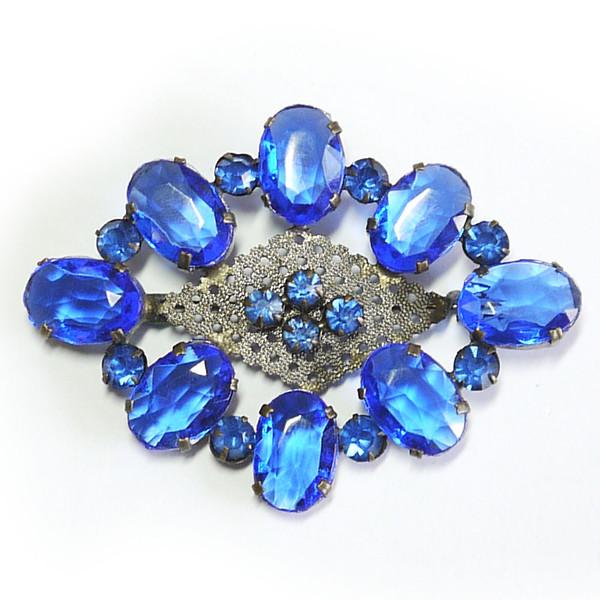 bluebrooch1.jpg