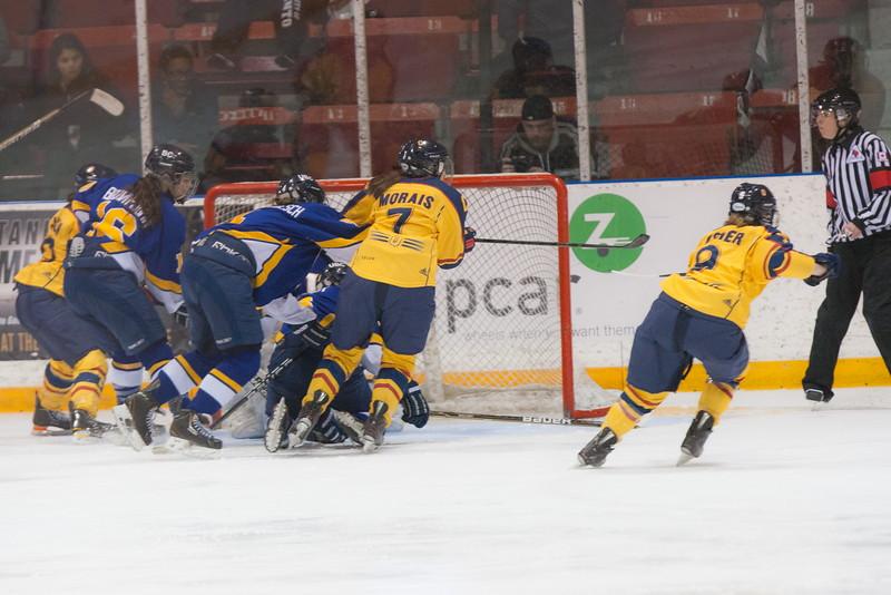 20130310 QWHockeyvsUBC 598.jpg