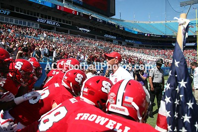 NC State Wolfpack vs South Carolina Gamecocks Football Game - 8.02.17