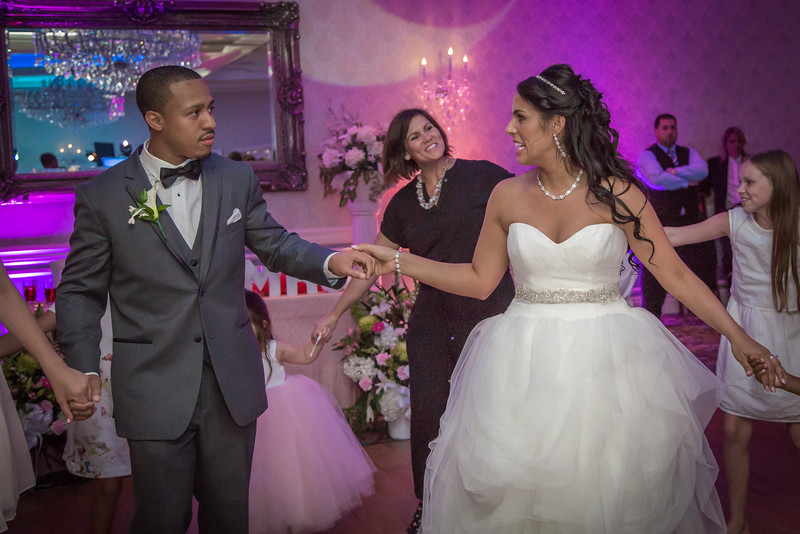 244_speeches_ReadyToGoPRODUCTIONS.com_New York_New Jersey_Wedding_Photographer_JENA9626.jpg