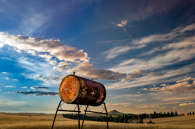 Diesel tank with Steptoe Butte