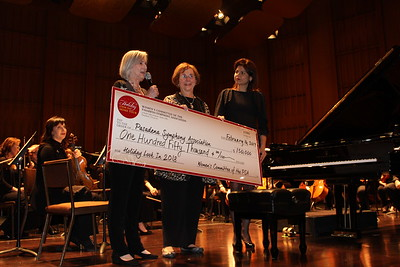 Women's Committee Presents $150K to Pasadena Symphony