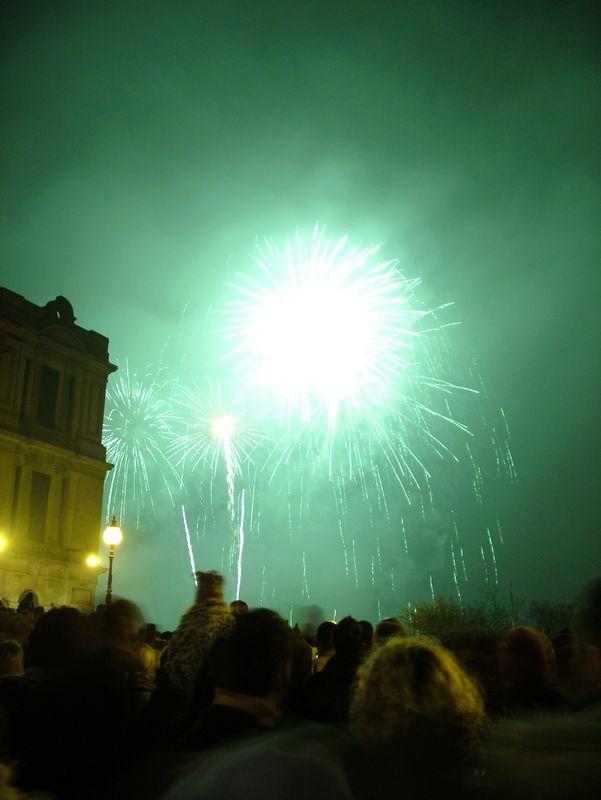 2004_1106allypallyfireworks20006.JPG