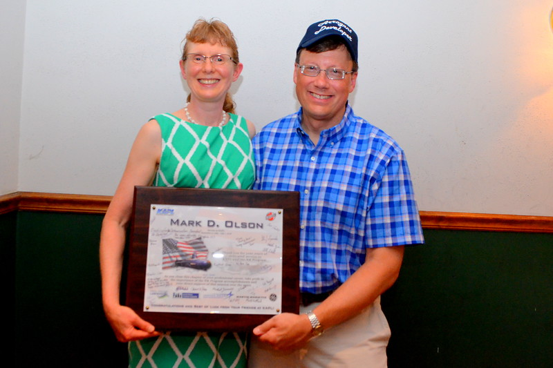 Suzanne and Mark with his KAPL retirement plaque.