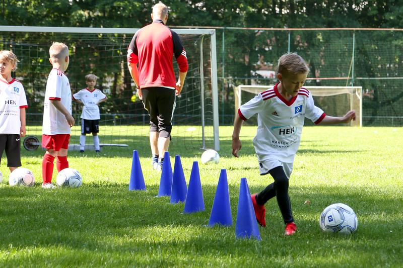 hsv_fussballschule-158_48047950586_o.jpg