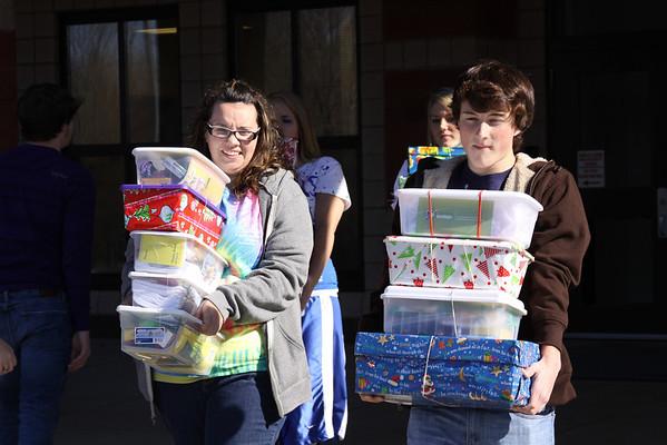 UCHS Students prepare OCC Boxes