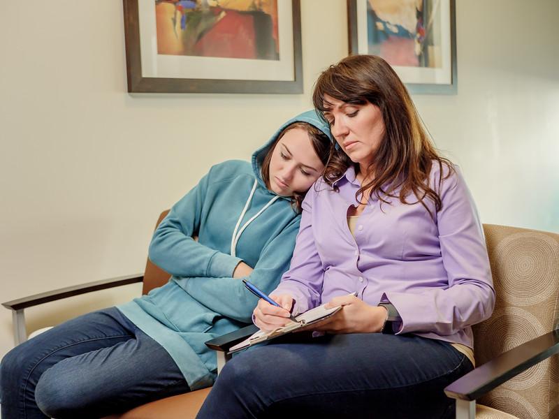 120117_15246_Hospital_Mom Daughter ER_2.jpg