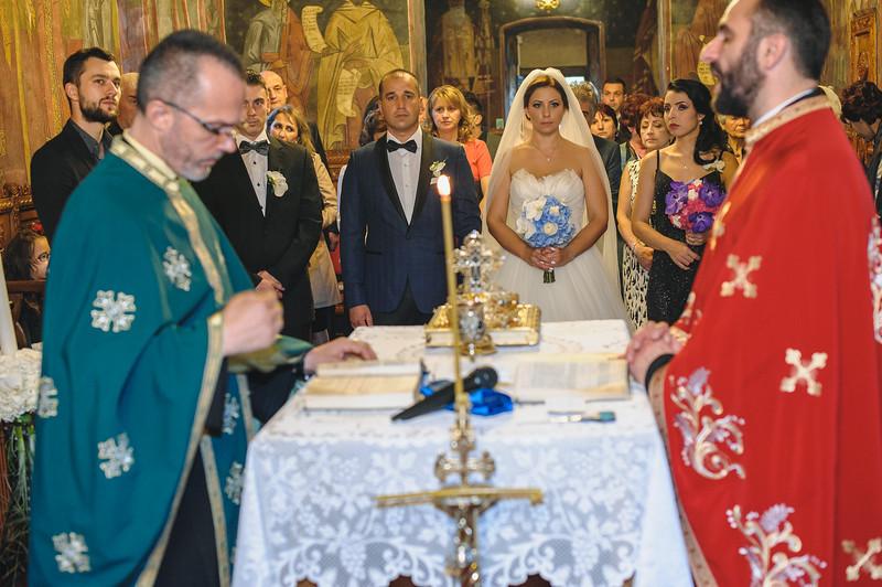 Andreea-biserica-18-October-2014-Nunta--LD2_7607Liviu-Dumitru.jpg