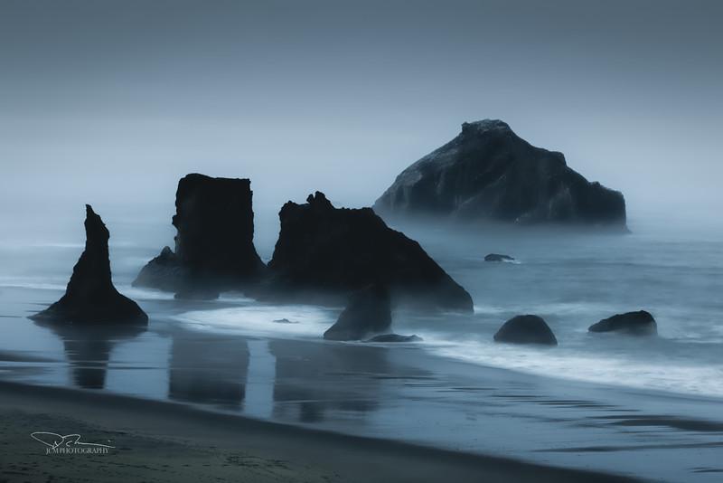 JM8_1615 Bandon Beach Fog LPMN r1.jpg