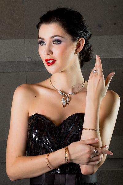 Jewelry-23115.jpg