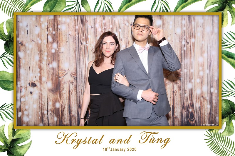 Krystal-Tung-wedding-instant-print-photo-booth-in-Ho-Chi-Minh-City-Chup-hinh-lay-lien-Tiec-cuoi-WefieBox-Photobooth-Vietnam-014.jpg