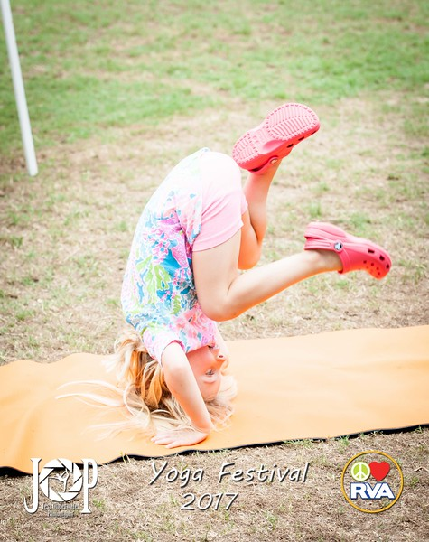 PLRVA_Yoga_fest17_wm-0546.jpg