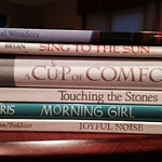 10588_bookspinepoetry2_320x240.jpg