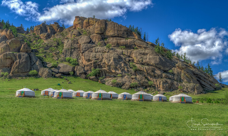 Alungoo Ger Camp