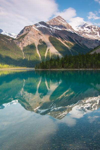 Berg Lake Trail Mount Robson BC-12.jpg