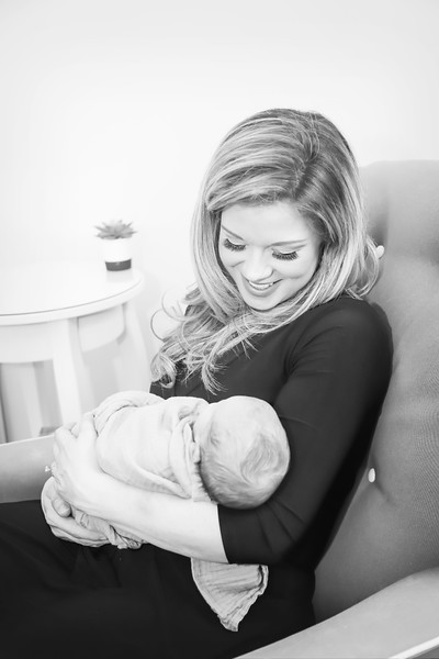 bwwnewport_babies_photography_newborn_boy_at_home-8332-Edit.jpg