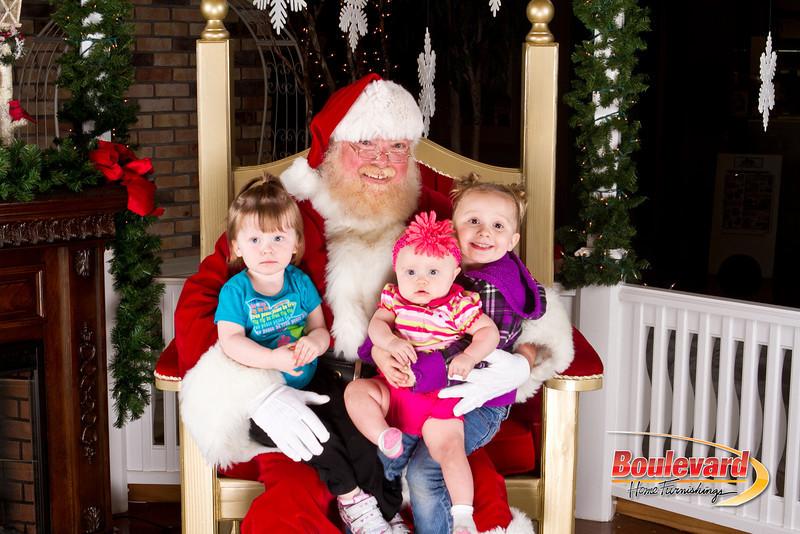 Santa Dec 8-344.jpg