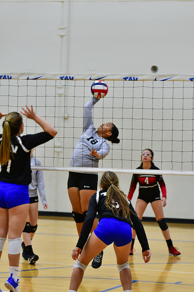 03-10_2018 13N Flyers at TAV (41 of 105).jpg