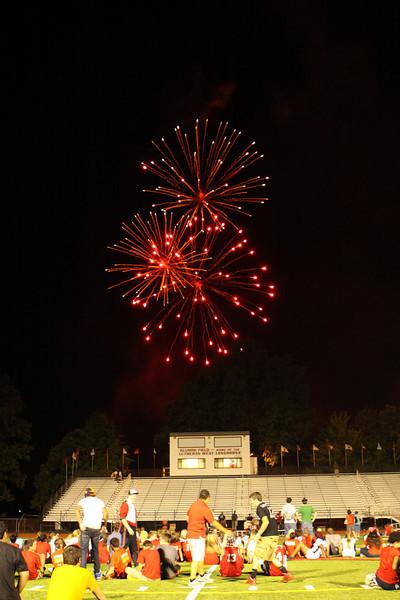 Lutheran-West-Fireworks-after-football-game-Unleash-the-Spirit-bash-2012-08-31-028.JPG