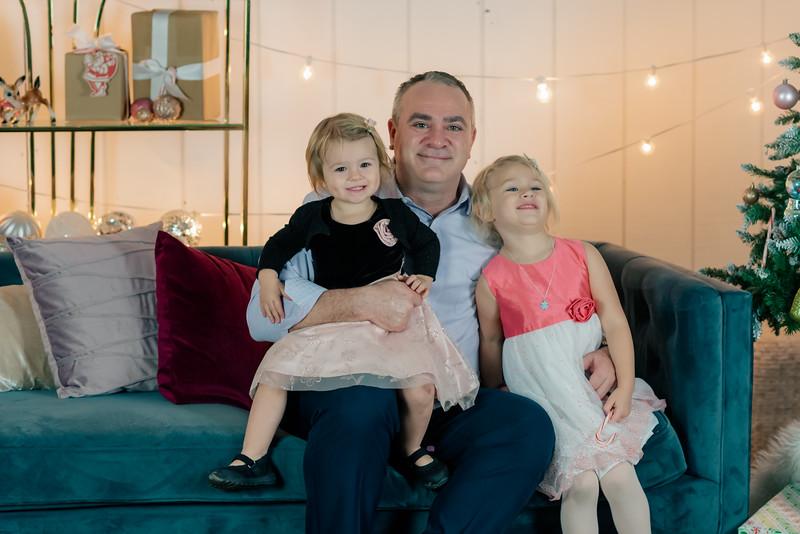 Therrien Family December 2020-11.jpg