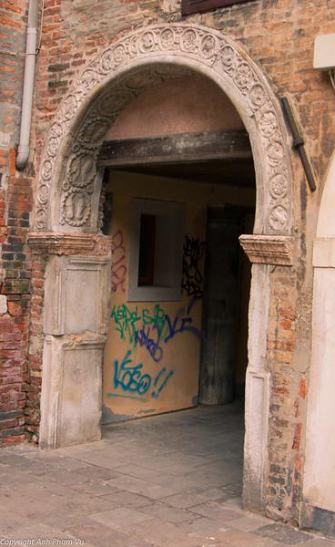 Marco polo gate