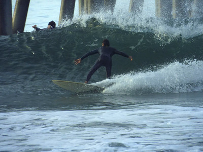 11/15/19 * DAILY SURFING PHOTOS * H.B. PIER