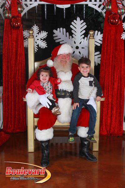 Santa 12-17-16-323.jpg