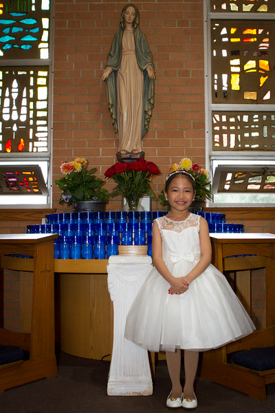 Danica-First-Communion-16.jpg