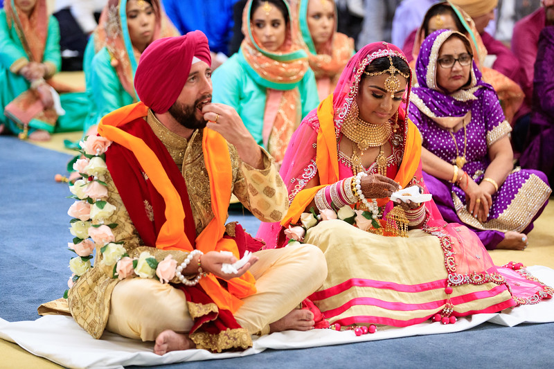 Neelam_and_Matt_Gurdwara_Wedding-1467.jpg