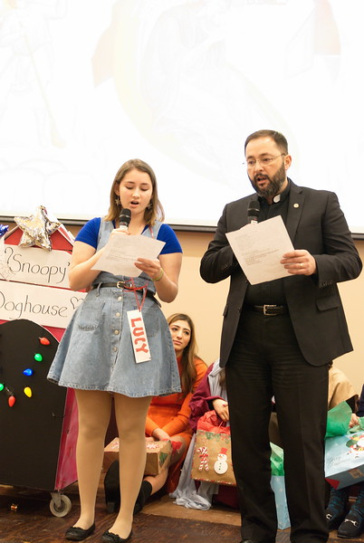 2019-12-15-Christmas-Pageant_073.jpg