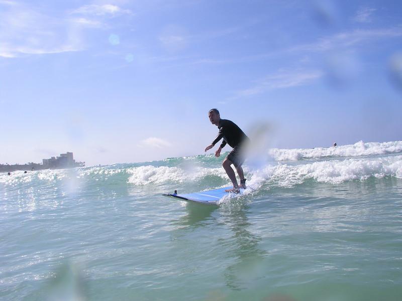 Surfing Waikiki Feb 2011 - 26.jpg