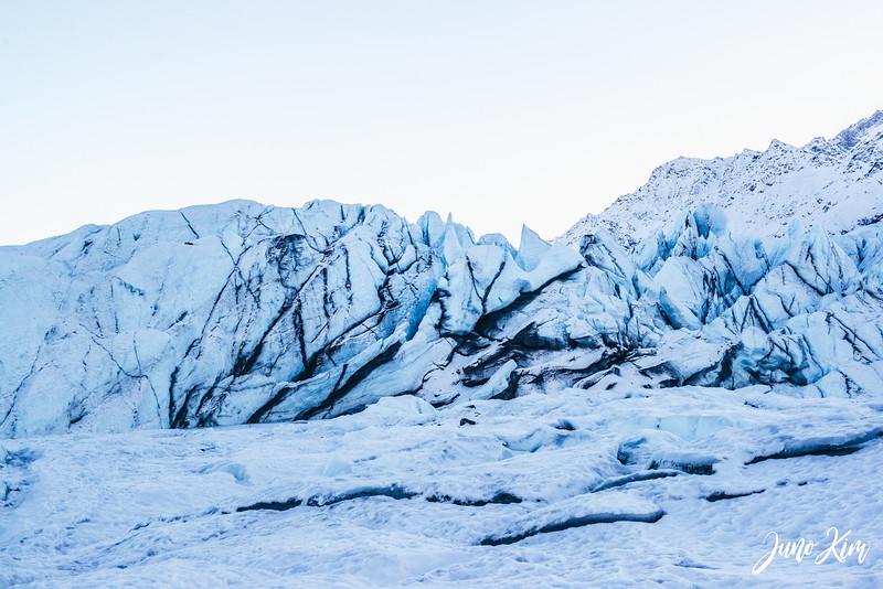 Matanuska Glacier_Karen-6105532-Juno Kim.jpg