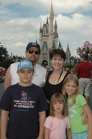 Disney 1st Family Trip 11/06