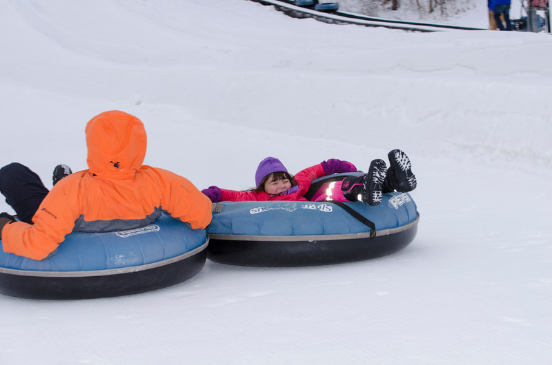 Opening-Day-Tubing-2014_Snow-Trails-70965.jpg