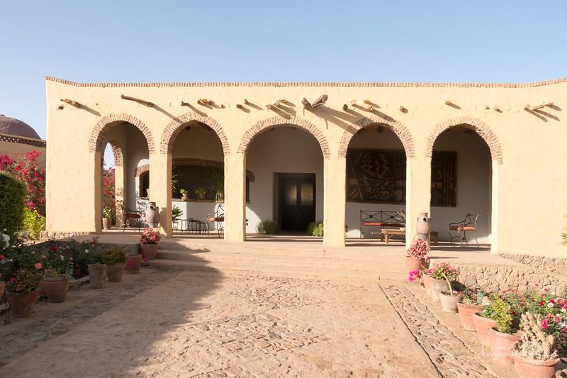 2-3-17229047Meroe-Bayuda Desert-Karima.jpg