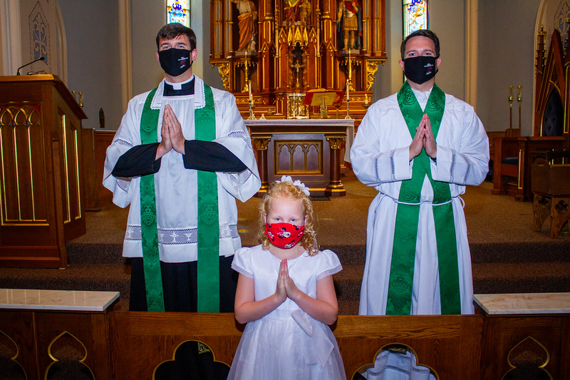 CNP_SUNDAY_FIRST_COMMUNION-65.jpg