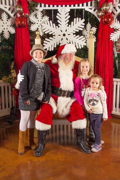 Santa 12-16-17-178.jpg