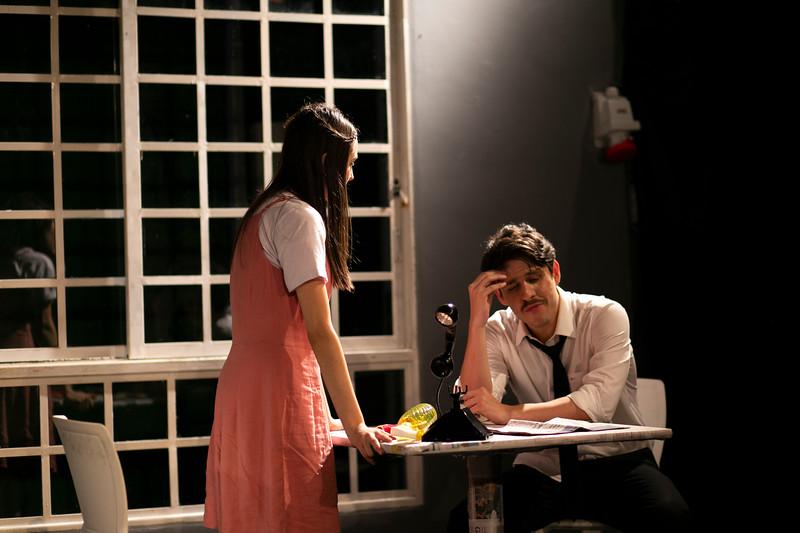 Allan Bravos - Celia Helena - O Beijo no Asfalto-341.jpg